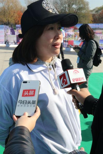 长春女企业家协会代表接受媒体采访