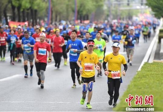 2018年长春国际马拉松赛比赛现场(资料图)