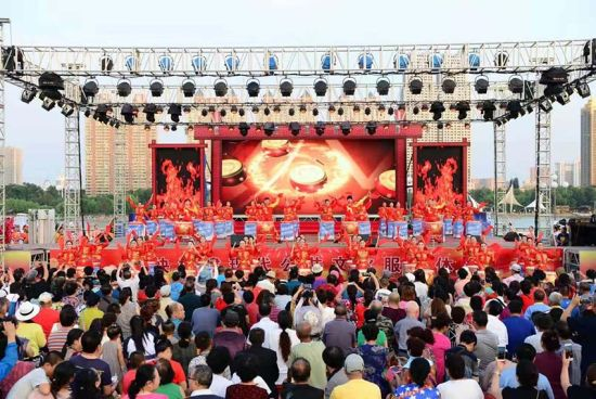 松花江之夏表演现场 吉林市文化广播电视和旅游局供图