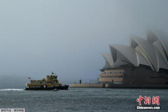 澳大利亚悉尼歌剧院。