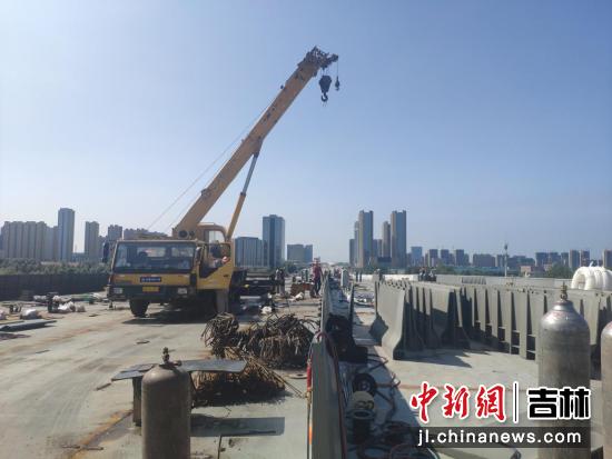 东部快速路南延长线工程施工现场 谭伟旗/供图