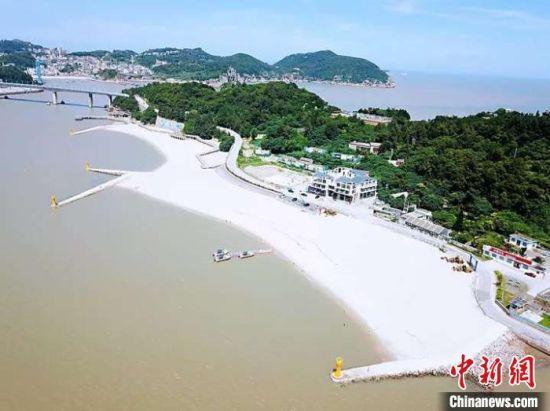 """洞头区""""蓝色海湾""""综合整治项目。浙江省自然资源厅 供图"""