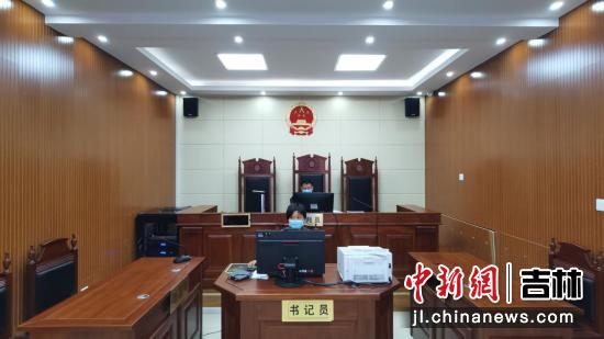 红石林区法院供图