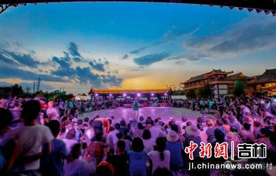 民俗游之东方第一村。珲春市委宣传部/供图