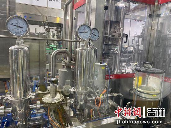 啤酒生产车间 谭伟旗/供图