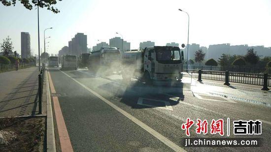 长春市城管系统全力保障国庆期间市容环境秩序