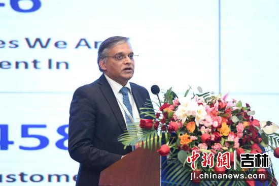 Infosys(印孚瑟斯)中国副总裁康博瑞发表演讲 吉林省商务厅供图