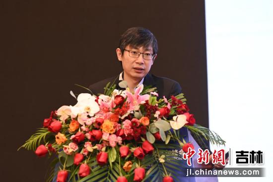 日立解决方案(中国)有限公司事业本部总经理郭轶群发表演讲 吉林省商务厅供图