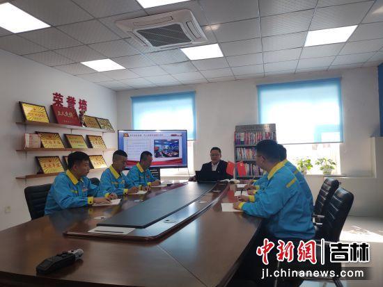"""中国石油吉林销售公司基层党课""""声""""入人心"""