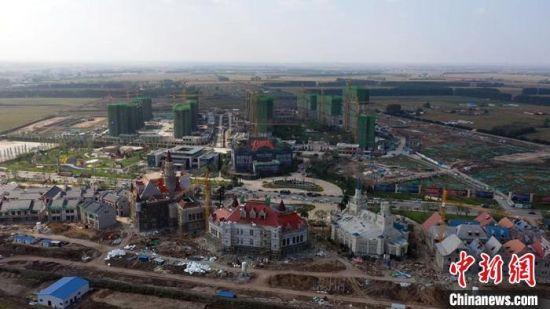 恒大文旅小镇项目施工现场。农安县委宣传部供图