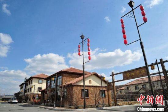 在长春市九台区马鞍山村,乡村文旅项目带动了当地经济发展。 高龙安 摄