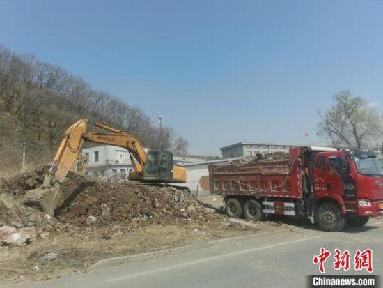 吉林市永吉县城市防洪工程项目施工现场 永吉县委宣传部供图