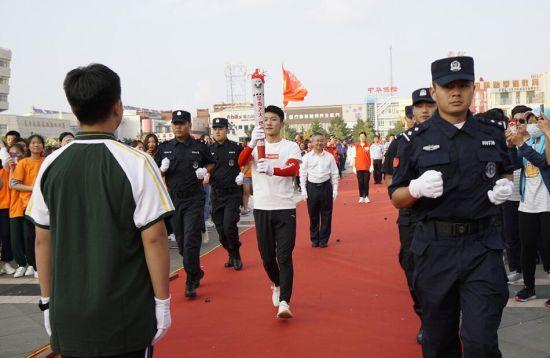 吉林省禁毒火炬白城站傳遞儀式舉行